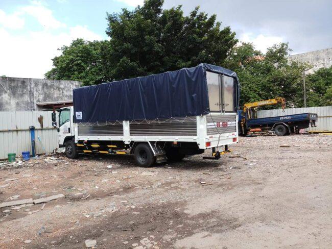 xe chở hàng 5 tấn